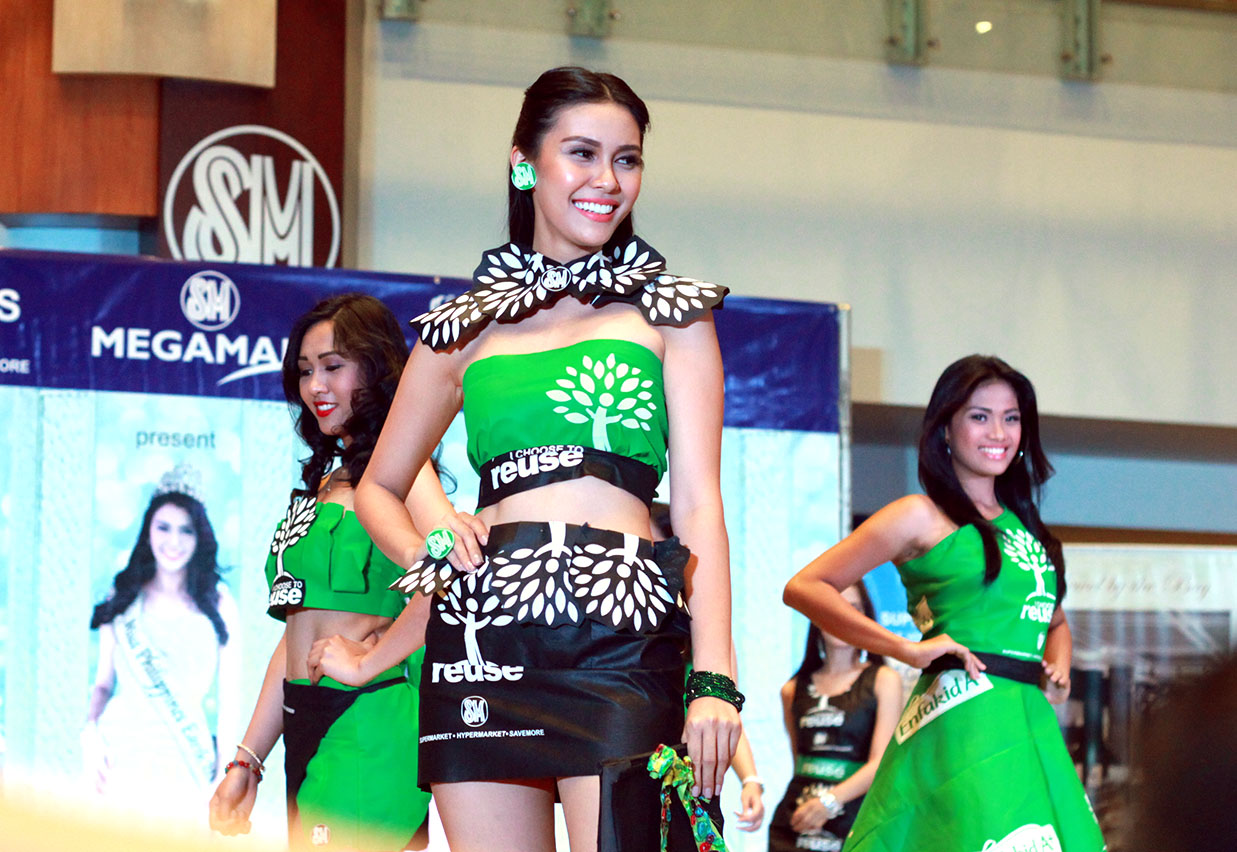 The Greenbag Fashion Show With Miss Philippines Earth 2015